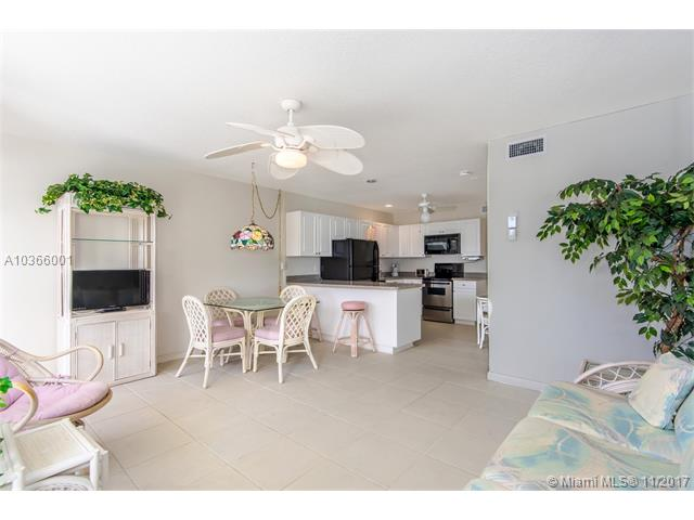 4630 Poinciana St, Lauderdale By The Sea, FL - USA (photo 4)