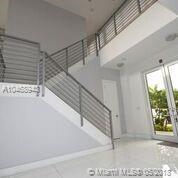 7415 Nw 102nd, Miami, FL - USA (photo 2)