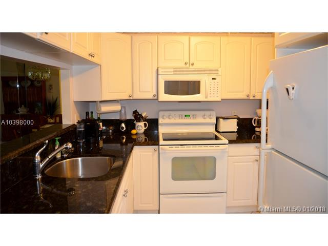 5141 W Oakland Park Blvd  #109, Lauderdale Lakes, FL - USA (photo 1)