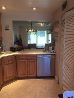 151 W Laurel Drive 1001, Margate, FL - USA (photo 2)