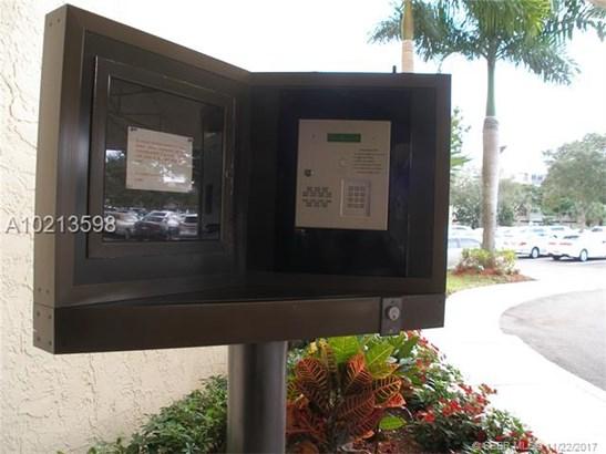 7300 Radice Court  #608, Lauderhill, FL - USA (photo 4)