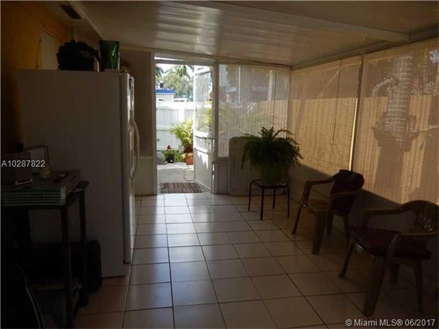 11400 Nw 87th Ct, Hialeah Gardens, FL - USA (photo 5)