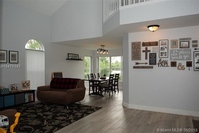 8434 Nw 57th Dr, Coral Springs, FL - USA (photo 3)