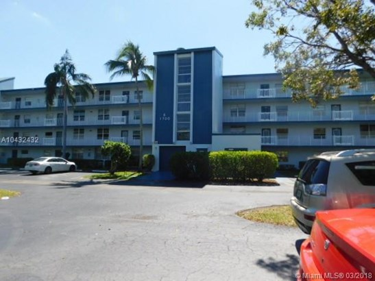 1700 Nw 80th Ave  #305, Margate, FL - USA (photo 1)