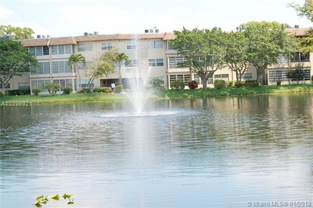 5103 Nw 35th St  #611, Lauderdale Lakes, FL - USA (photo 5)