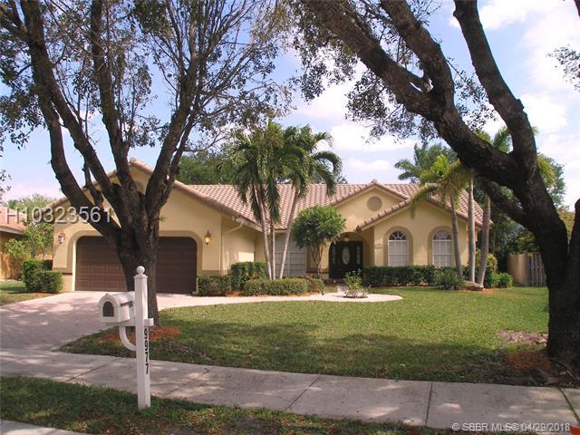 9977 N Springs Wy , Coral Springs, FL - USA (photo 1)