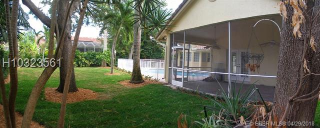 9977 N Springs Wy , Coral Springs, FL - USA (photo 3)