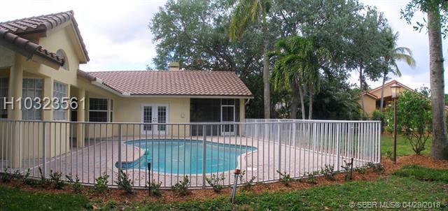 9977 N Springs Wy , Coral Springs, FL - USA (photo 4)