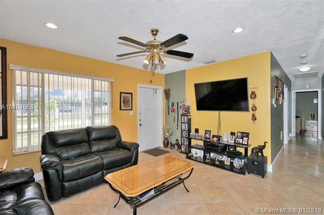 21000 Ne 14th Ave, Miami, FL - USA (photo 5)