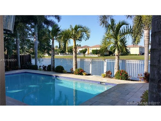 7756 Nw 113th Ave, Doral, FL - USA (photo 2)