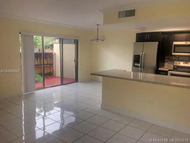 8334 S Missionwood Cir  #c-60, Miramar, FL - USA (photo 5)