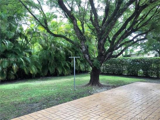 5795 Sw 33rd St, Miami, FL - USA (photo 3)