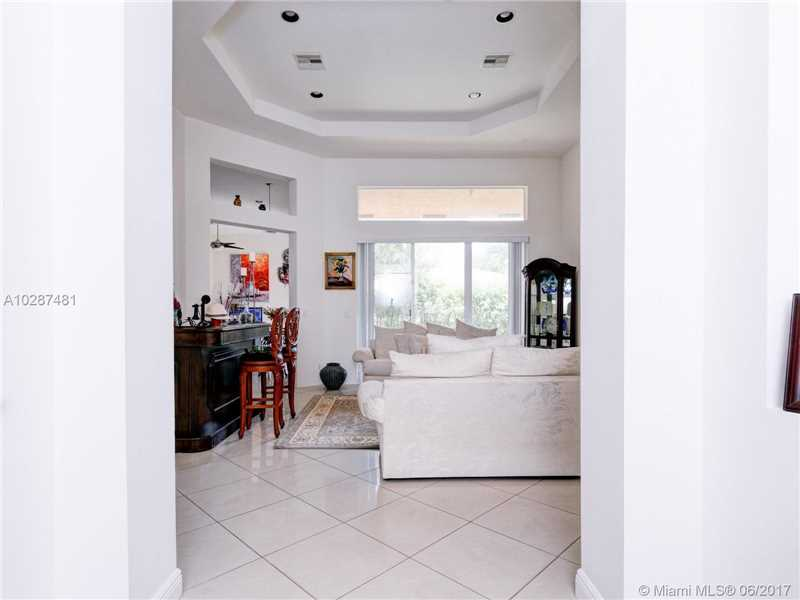Single-Family Home - Lakeworth, FL (photo 3)