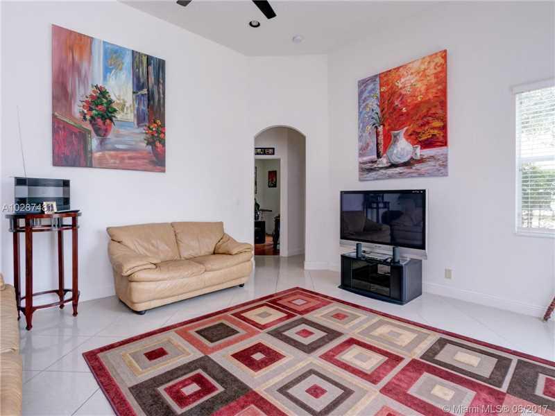 Single-Family Home - Lakeworth, FL (photo 5)