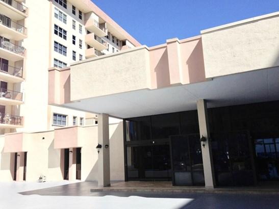 1149 Hillsboro Mile Unit 109, Hillsboro Beach, FL - USA (photo 1)