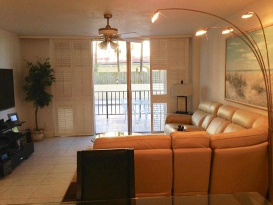 1149 Hillsboro Mile Unit 109, Hillsboro Beach, FL - USA (photo 4)