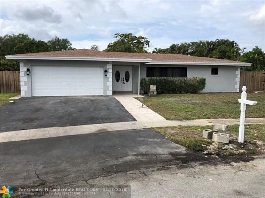 7501 Nw 84th St, Tamarac, FL - USA (photo 1)