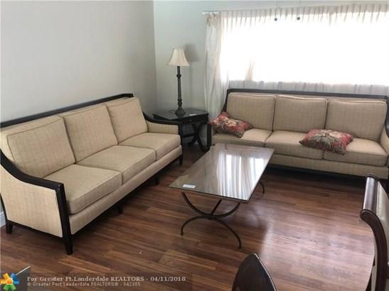 7501 Nw 84th St, Tamarac, FL - USA (photo 3)