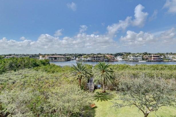 3720 S Ocean Boulevard Unit 303, Highland Beach, FL - USA (photo 2)