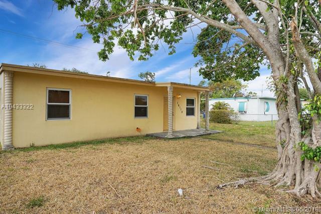 16110 Nw 21st Ave, Miami Gardens, FL - USA (photo 2)