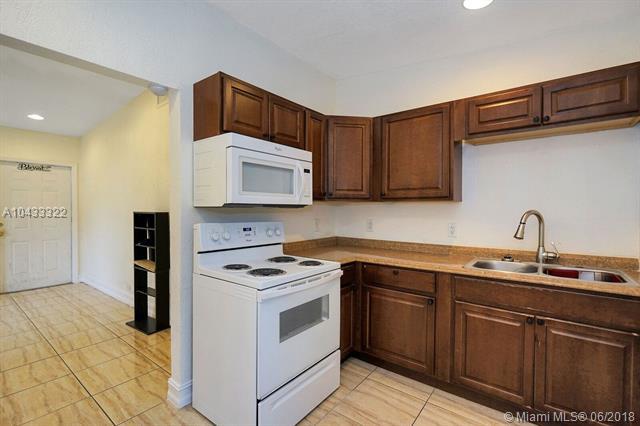 16110 Nw 21st Ave, Miami Gardens, FL - USA (photo 4)