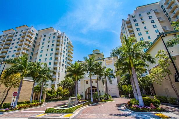 Condo/Townhouse - Boynton Beach, FL (photo 1)