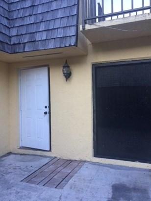 270 Woodland Road, Palm Springs, FL - USA (photo 5)