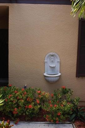 Condo/Townhouse - Pembroke Pines, FL (photo 3)