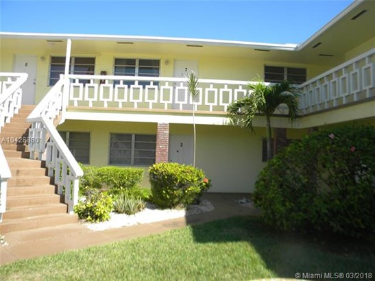 1501 Arthur St  #7, Hollywood, FL - USA (photo 1)