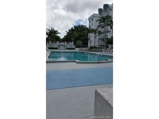 488 Nw 165th St Rd, Miami, FL - USA (photo 5)