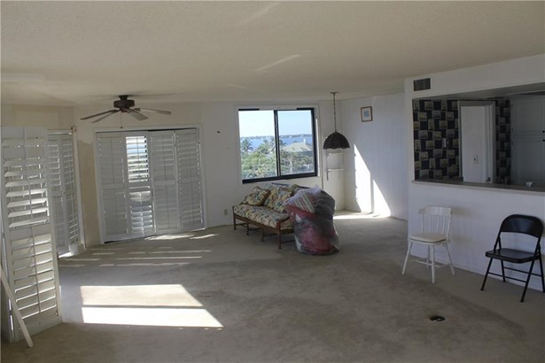 Condo/Townhouse - Stuart, FL (photo 2)
