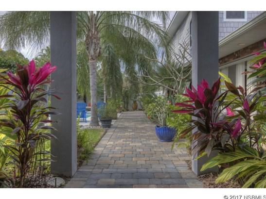 1701 South Riverside Dr , New Smyrna Beach, FL - USA (photo 4)