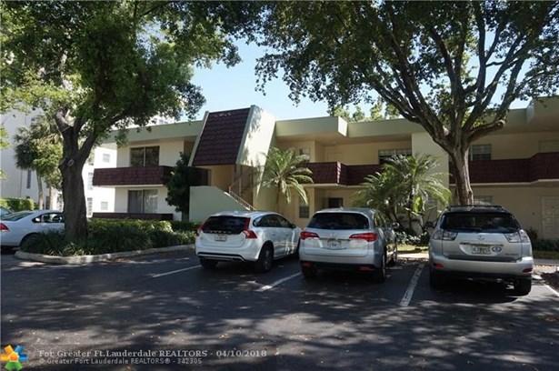 3200 N Course Ln #215, Pompano Beach, FL - USA (photo 3)
