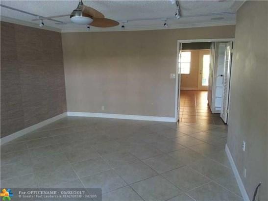 1421 Ne 55th St, Fort Lauderdale, FL - USA (photo 3)