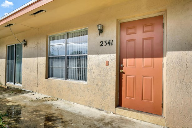 2341 Avenue Z Unit B, Riviera Beach, FL - USA (photo 1)