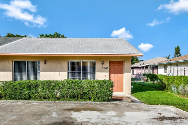 2341 Avenue Z Unit B, Riviera Beach, FL - USA (photo 2)