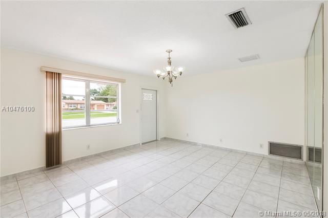 6805 Margate Blvd, Margate, FL - USA (photo 4)