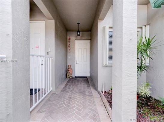 Condo/Townhouse - Tamarac, FL (photo 3)