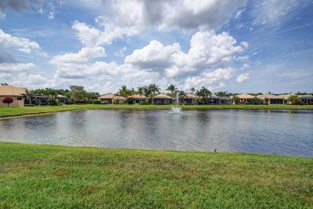 Single-Family Home - Boynton Beach, FL (photo 2)