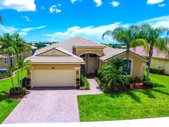 Single-Family Home - West Palm Beach, FL (photo 1)