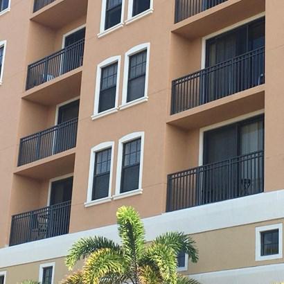 511 Lucerne Avenue Unit 604, Lake Worth, FL - USA (photo 3)