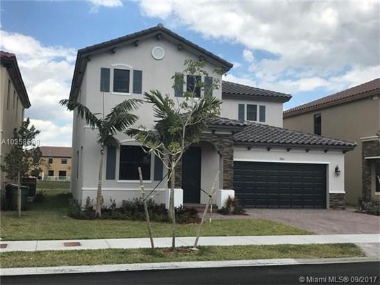 9311 W 35 Ave, Hialeah, FL - USA (photo 1)
