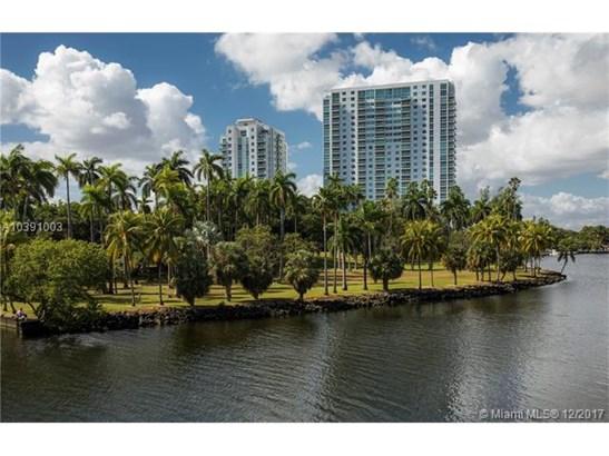 1861 Nw South River Dr  #1505, Miami, FL - USA (photo 1)