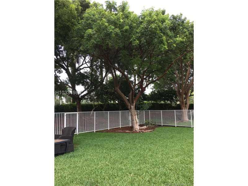 4004 Pine Ridge Ln, Weston, FL - USA (photo 3)