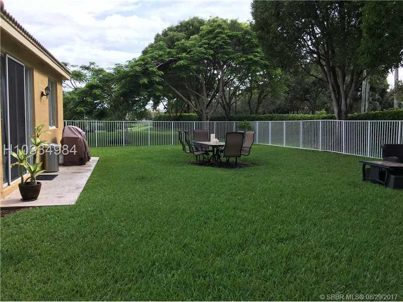 4004 Pine Ridge Ln, Weston, FL - USA (photo 4)