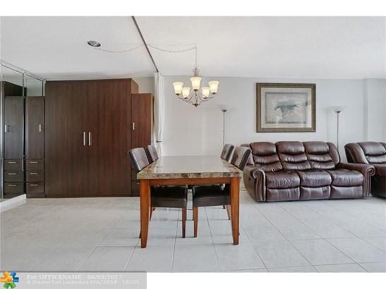 322 Buchanan St #903, Hollywood, FL - USA (photo 3)
