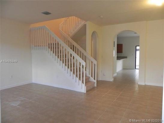 9386 W 32nd Lane  #9386, Hialeah Gardens, FL - USA (photo 2)