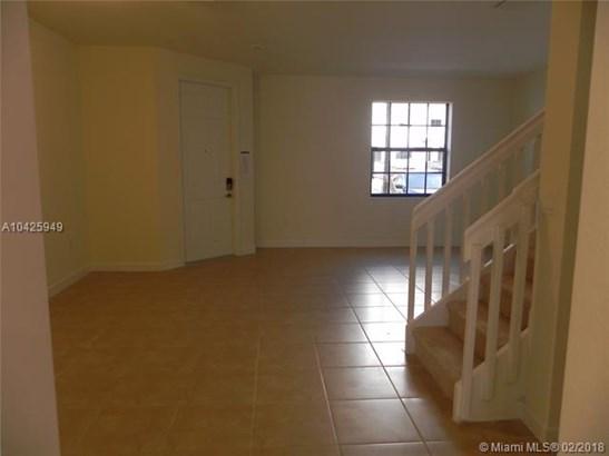 9386 W 32nd Lane  #9386, Hialeah Gardens, FL - USA (photo 5)