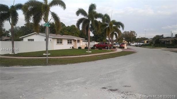 6800 Sw 20th St, Miramar, FL - USA (photo 5)