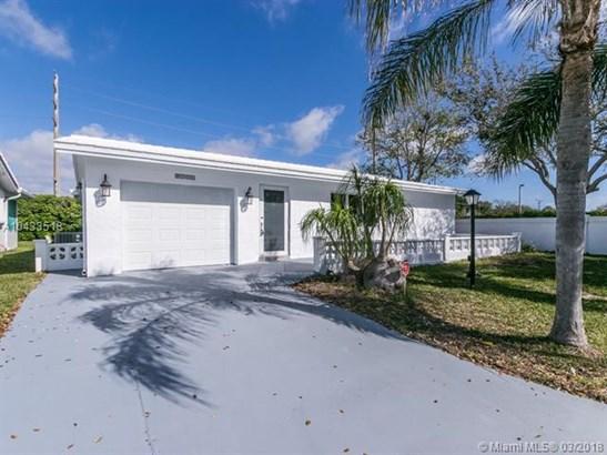 1501 Sw 16th St, Boynton Beach, FL - USA (photo 1)
